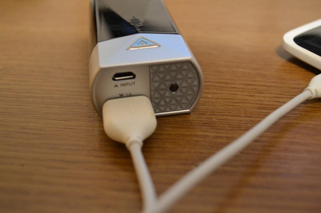 baterie portabila pentru telefon
